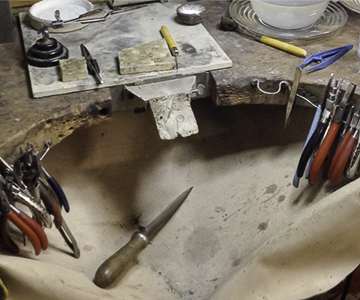 Jewellery repair, a real jewellers bench