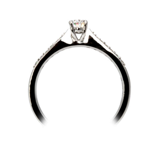 Oval diamond ring side view